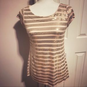 Tops - Peach top with gold sequin stripes